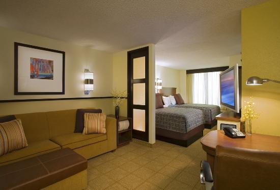 Hyatt Place Colorado Springs: Hyatt Place Double Double Guestroom