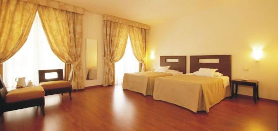 Photo of Grande Albergo Sole Palermo