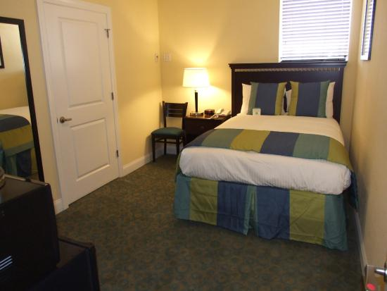 19 Atlantic Hotel: Guest Room