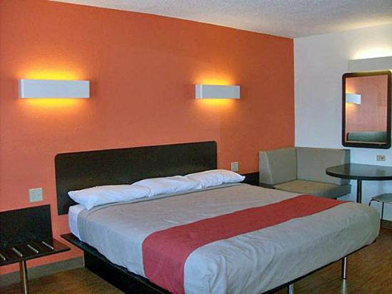 Motel 6 Winchester : MSingle