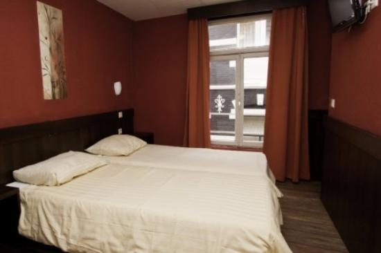 Photo of Damrak Inn Hotel Amsterdam