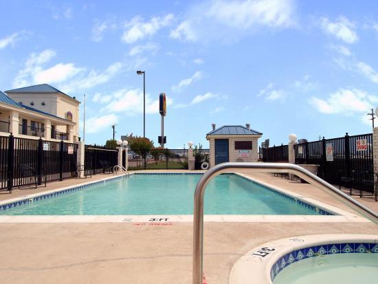 Mesquite Inn & Suites: Pool