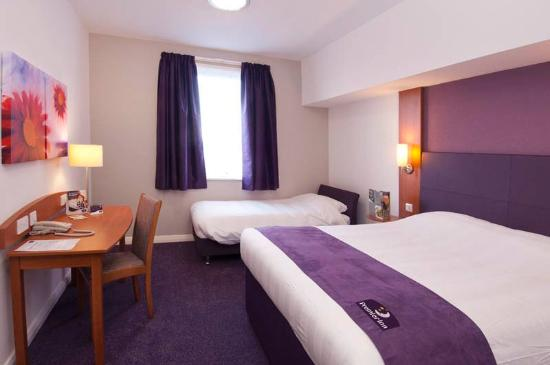 Premier Inn Manchester City Centre (Piccadilly) Hotel: Room