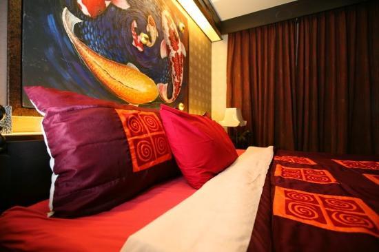 Sabai Sabai at Sukhumvit Hotel: Guest Room