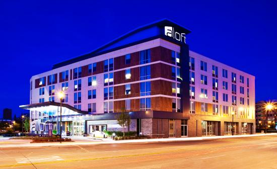 Aloft Milwaukee Downtown