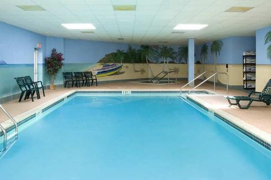 Hampton Inn Suites Hershey Photo