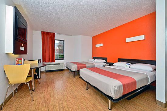 Motel 6 West Plano- Frisco: MDouble