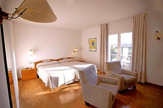 Hotel Balneario Termes Victoria: Guest Room