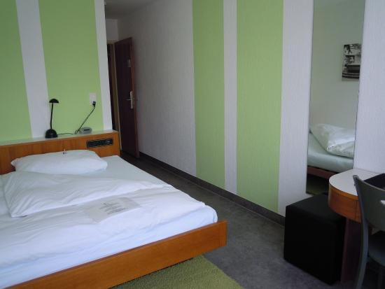 Hotel Kronenhof: Guest Room