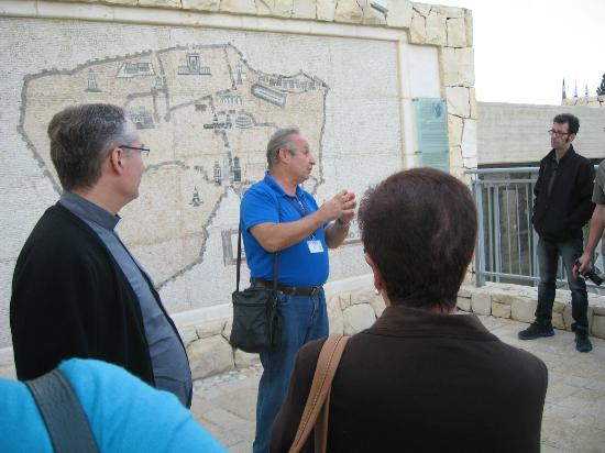 Claudio Saikin - Professional Tour Guide in Israel