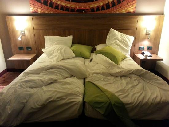 Quality Hotel Antwerpen Centrum Opera : Twin Bed...