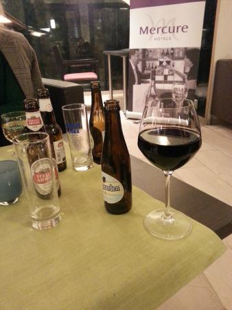 Quality Hotel Antwerpen Centrum Opera : After one hour in the Bar..