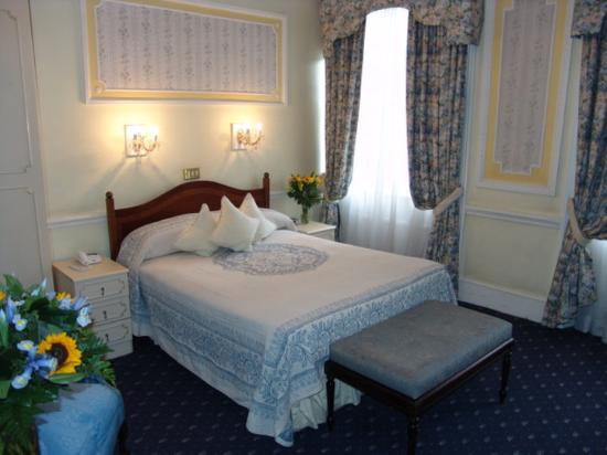 ロンドン エリザベス ホテル  Picture