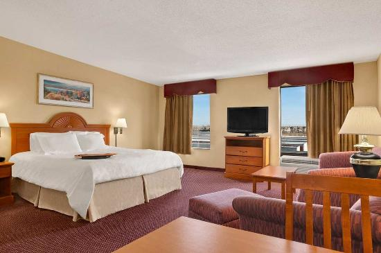 Hampton Inn & Suites Sterling Heights