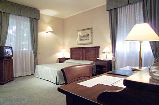 Appia Park Hotel: Guest Room