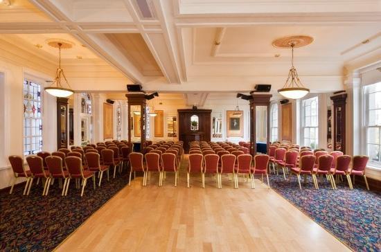 Wynn's Hotel: Ballroom
