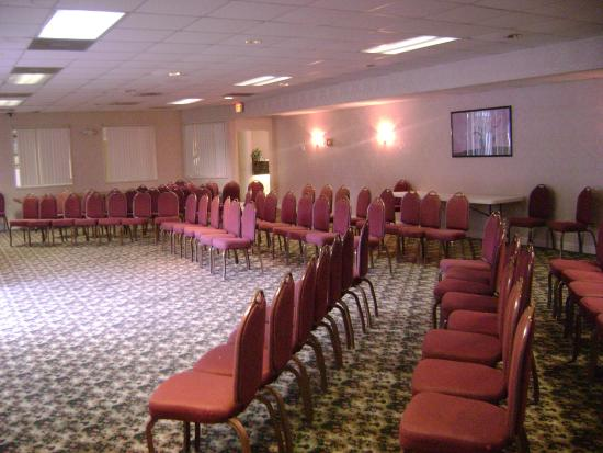 Budgetel Inn - Wilmington: Meeting Space