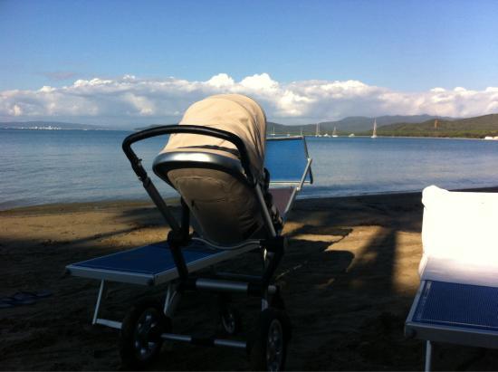 La Bussola: Relax per 3. Sulla spiaggia dell'hotel
