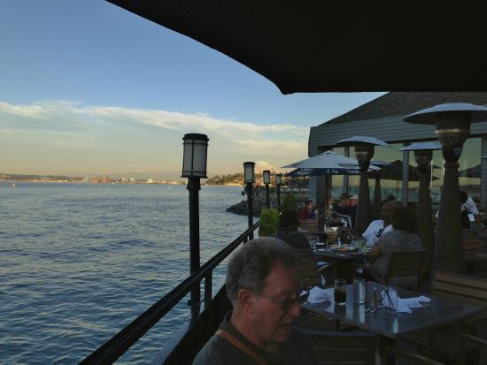 Lobster Shop South: View of Rainier from Lobster Shop Outdoor Dining