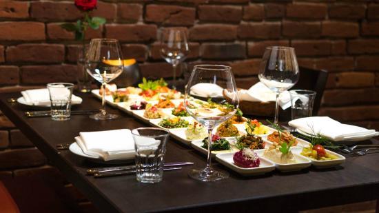 Fardi Syrian Restaurant Hamburg Uhlenhorst Menu Prices Restaurant Reviews Order Online Food Delivery Tripadvisor