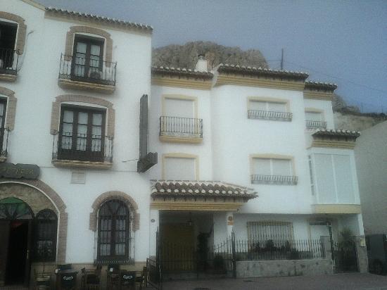 Hotel Velad: Fachada y lateral
