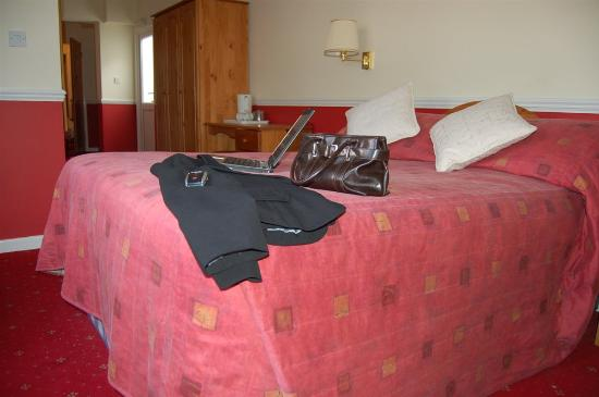 Waters Edge Hotel: Guest Room