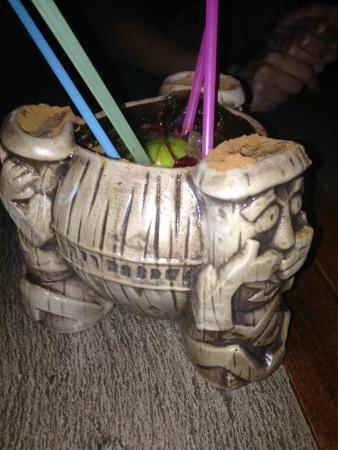 Trader Sam's Enchanted Tiki Bar: Uh oa!