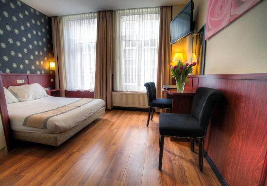 Photo of Hotel De Paris Amsterdam