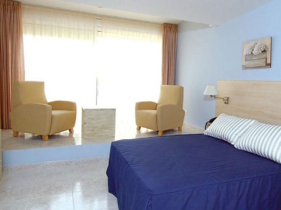 Photo of Alexandra Aparthotel Tarragona