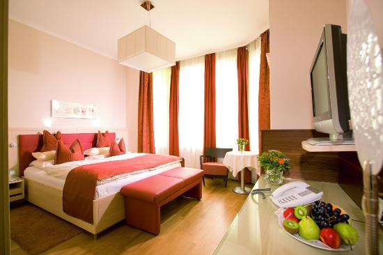 Photo of Hotel-Pension Baronesse Vienna