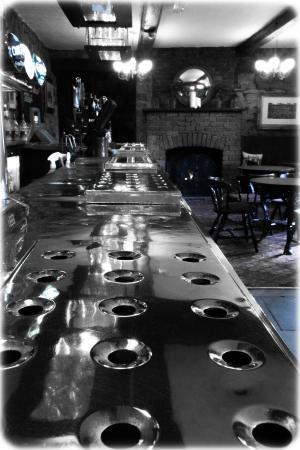 Rockingham Arms: bar