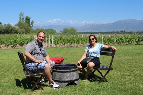 Bodega Achaval Ferrer: Linda paisagem, com Andes e vinhedos ao fundo