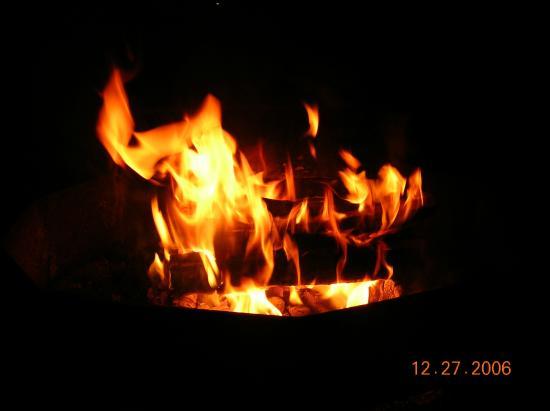 St. Augustine Beach KOA: Fire pit
