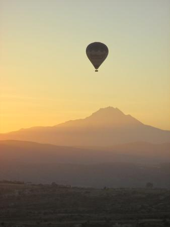 Argos In Cappadocia: sunrise from my room