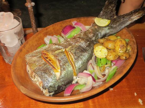 Playa de los Artistas: Seafood plate, wow!
