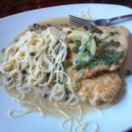Effina's Tuscan Grill: Chicken Picatta