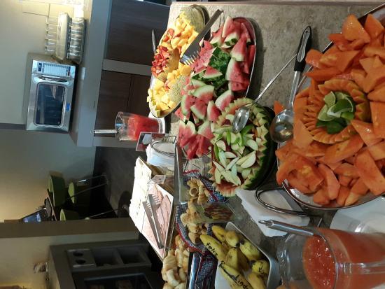 Hampton by Hilton Barranquilla : el desayuno es buenisimo