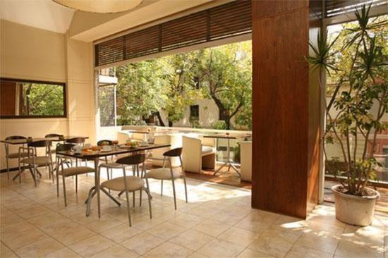Hotel Sarum: Terrace