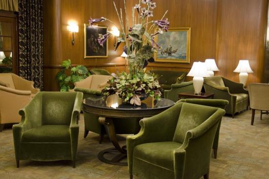 Westmark Baranof Hotel: WMBnf Art Deco Lobby