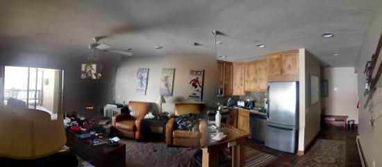 The Loft at the Mountain Village: Well appointed...streaming products will not work