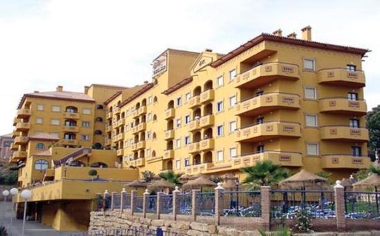 Photo of Hotel Apartamentos Vistamar Benalmadena