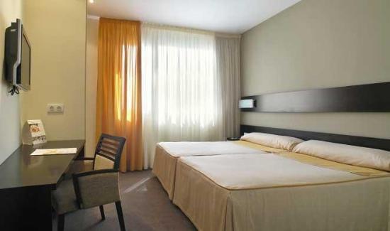 Cross Elorz: Guest Room