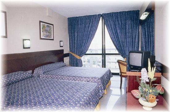Hotel Marina Resort Benidorm: Guest Room
