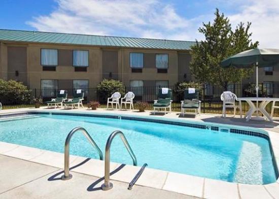 Pool picture of sleep inn louisville preston hwy - Preston hotels with swimming pool ...