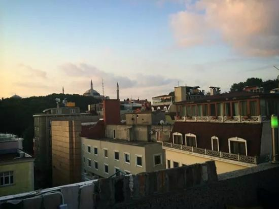 Istanbul Harmony Hostel : view from the roof