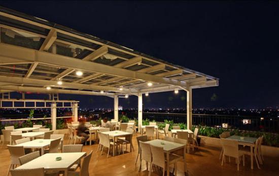 Harris Hotel & Conventions Festival CityLink: Bandung Terrace