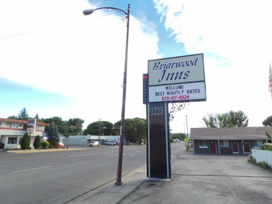 Briarwood Inns : direkt an der Hauptstraße