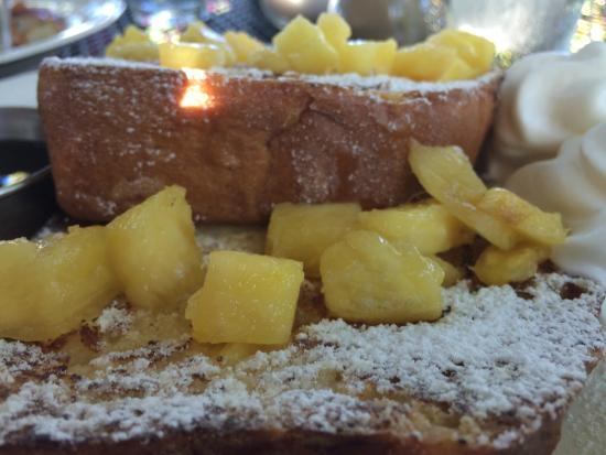 Chez Meme: French toast with pineapples