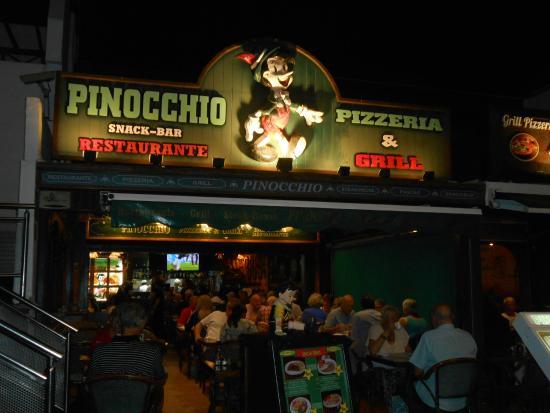 Baño Discapacitados Traduccion:Still the same: fotografía de Pinocchio Restaurante Pizzeria, Puerto