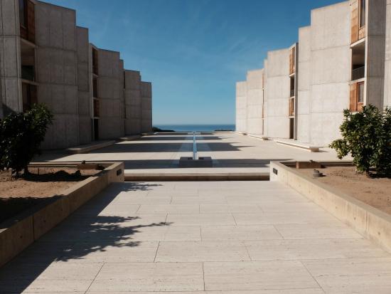 Salk Institute: Salk courtyard